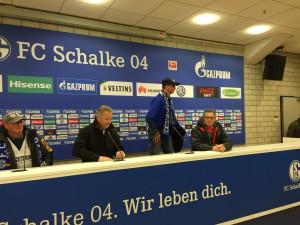 """""""Pressekonferenz"""" mit Bayernfan"""