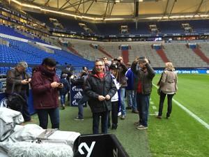 Die Größe der Arena erstaunt selbst erfahrene Fußballfans .